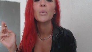 red head smokes